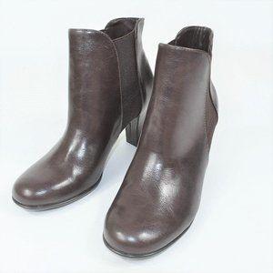 A2 Aerosoles Strole brown modern ankle heels boot